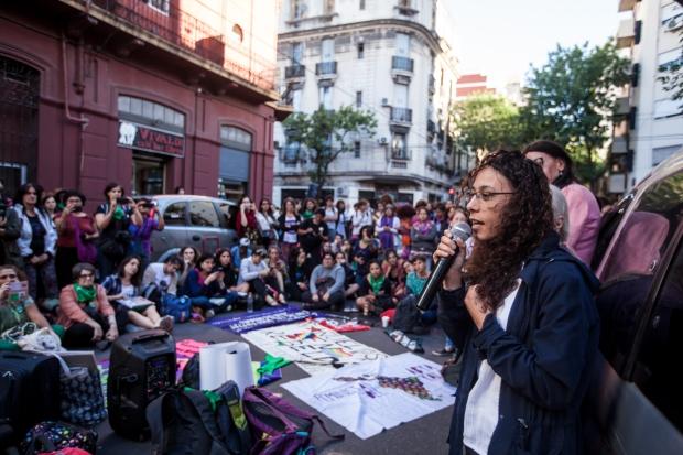 01 Asamblea feminista.JPG